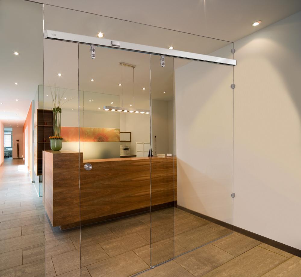 Fachhandel für Glasschiebetüren - verschiedene Größen von Glasschiebtüren und Glastüren