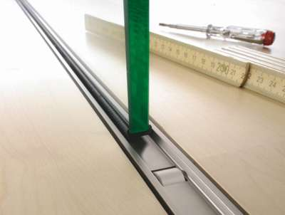 Astec Glasschiebetürsystem b.1000 Detail