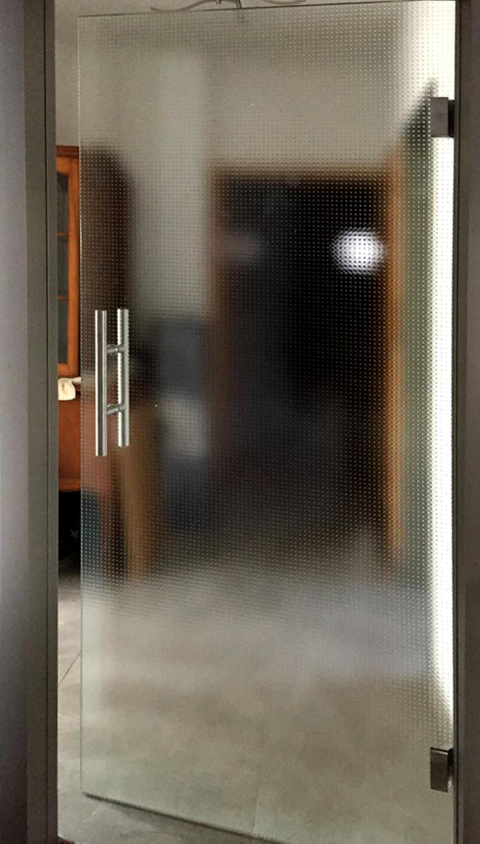Referenz Glas-Drehtür Erlangen Bild1