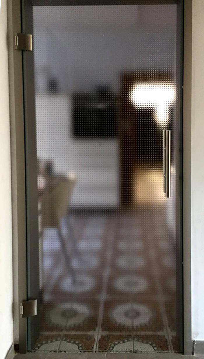 Referenz Glas-Drehtür Erlangen Bild 2