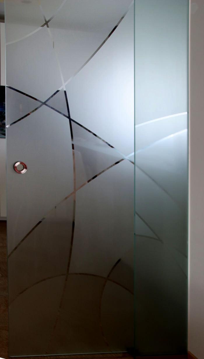 Referenz Glas-Schiebetür Küche